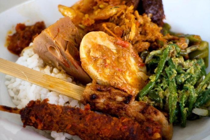 nasi campur warung wardani - one of culinary destination in bali